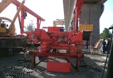 高铁轨道铺装机安装与调试