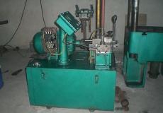100吨液压机维修
